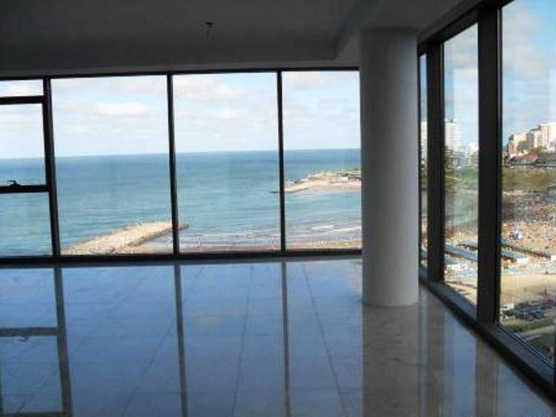 unico. dpto 4 ambientes, vista plena al mar.