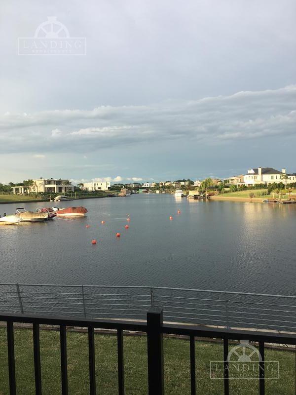 único lote a laguna en venta barrio náutico albanueva