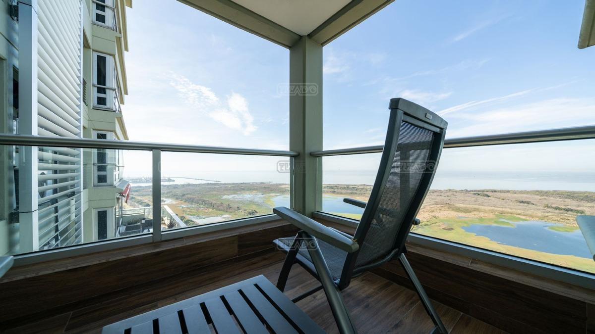 único semipiso de 190 m2 en venta reciclado torre rio, le parc puerto madero.