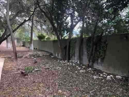 único terreno a 60 mts de la iglesia de la villa de santiago