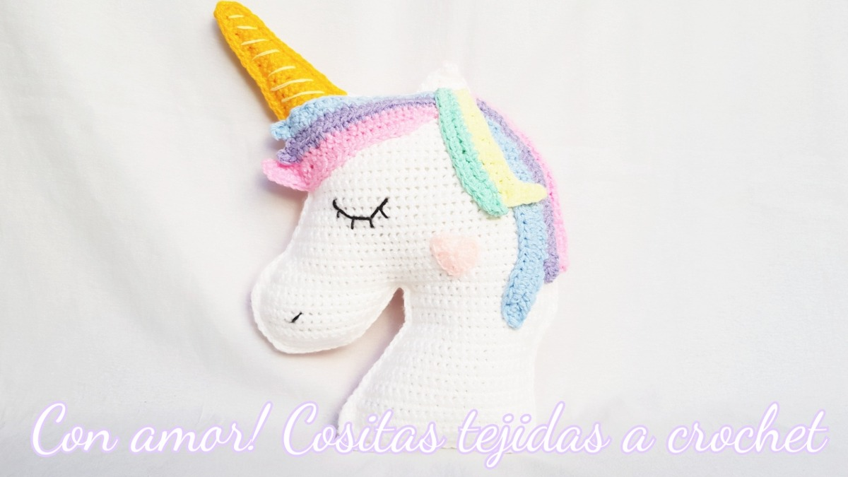 Unicornio Almohadon Tejido A Crochet Souvenirs Nacimiento - $ 550,00 ...