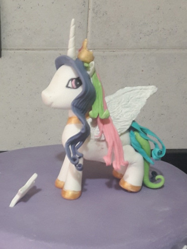 unicornio pony  en porcelana fria