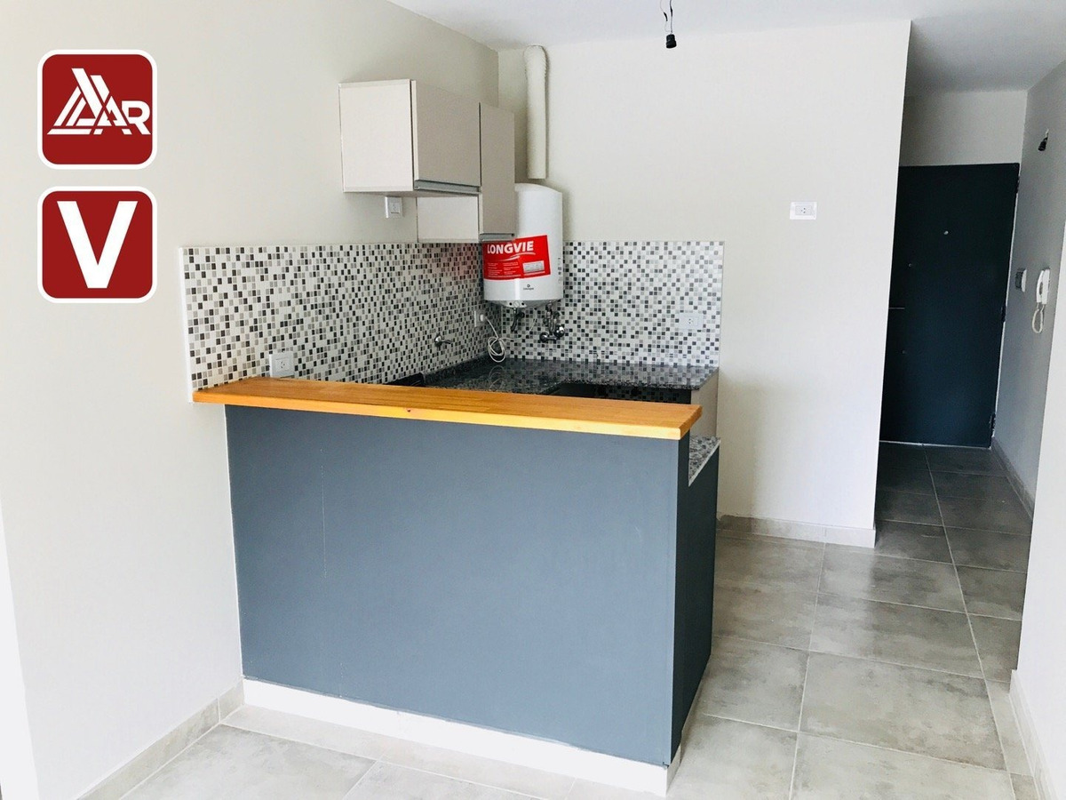 unidad 2 dormitorios con balcon zona gastronomica pichincha