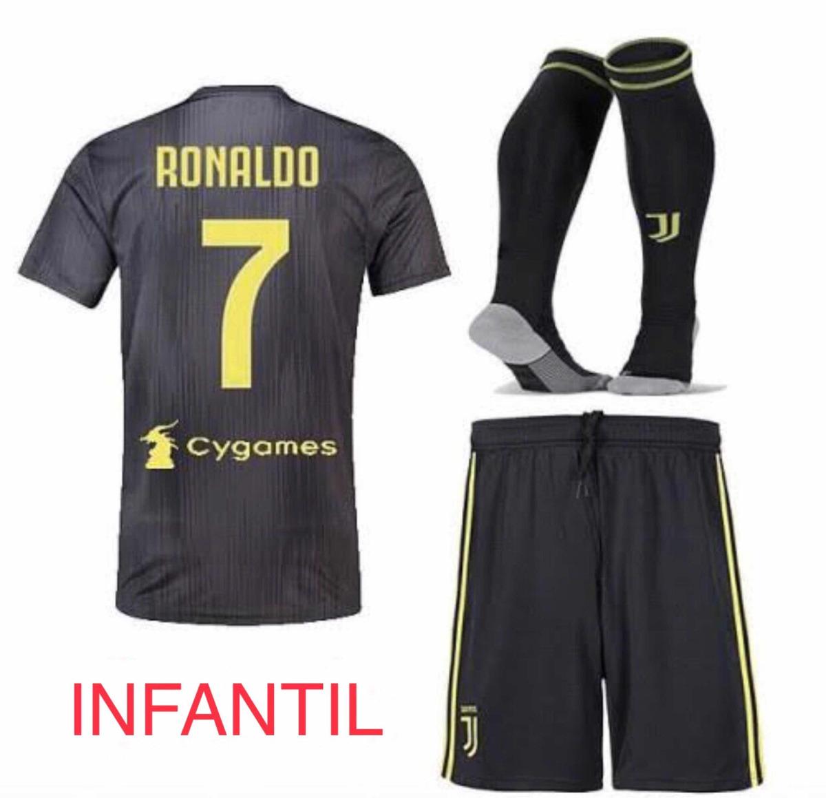 bca0e34c47504 uniforme 3 infantil juventus cristiano ronaldo cr7 original. Carregando zoom .