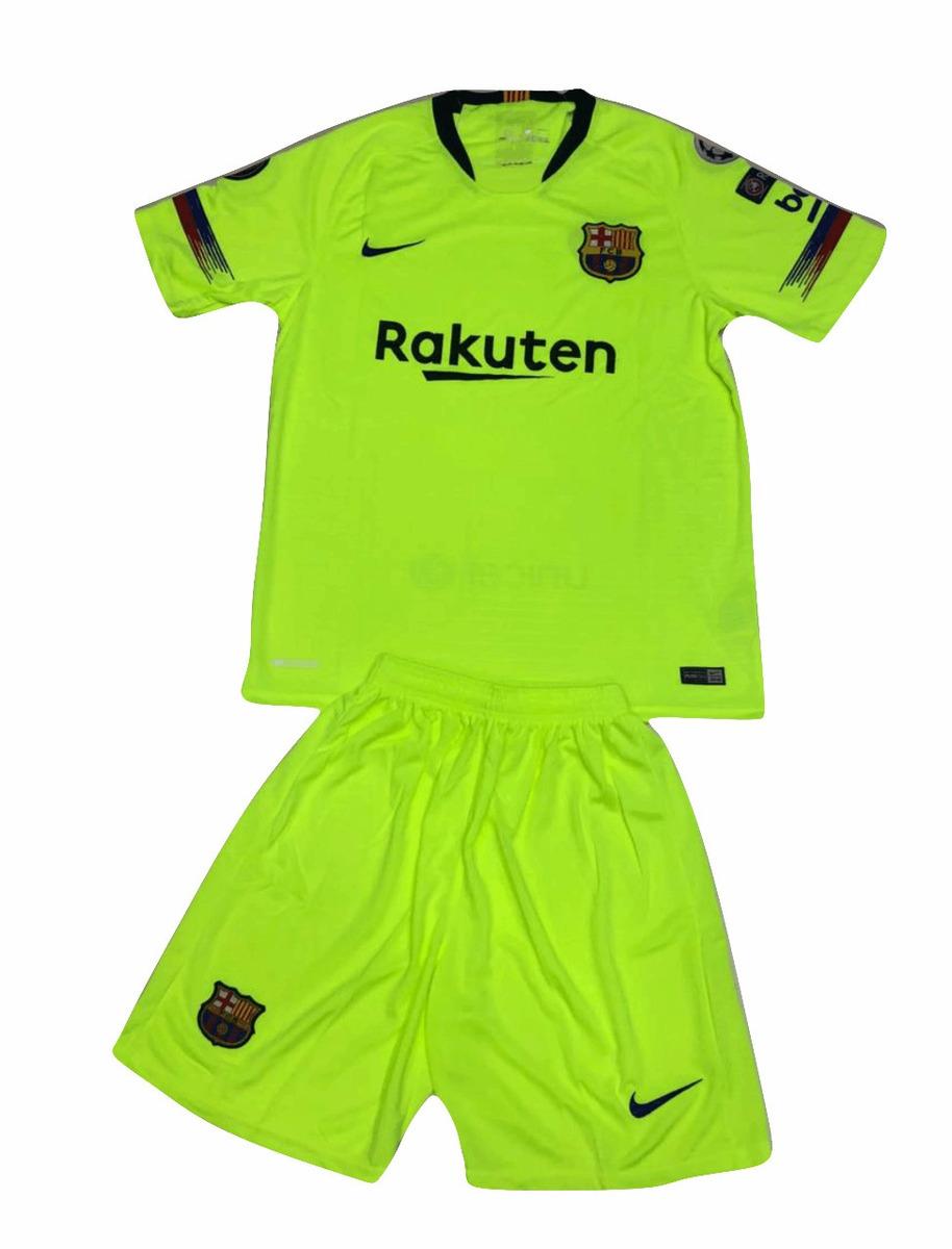 10e7fc5cc66e9 uniforme alterno barcelona fc camisa+pantaloneta 2018-2019. Cargando zoom.