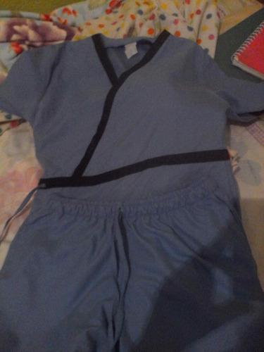 uniforme azul cielo talla s.