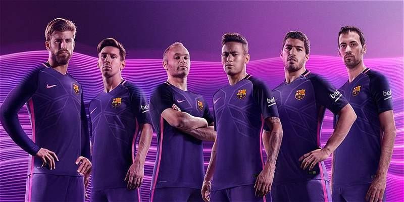 5ce167ac68 Uniforme conjunto barcelona purpura niños messi cargando zoom jpg 800x400  Imigen 2016 uniformes del barcelona