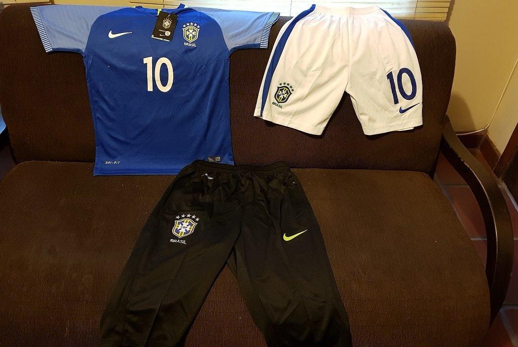 63bb0a049c uniforme conjunto completo seleção brasileira nike 2016 2017. Carregando  zoom.