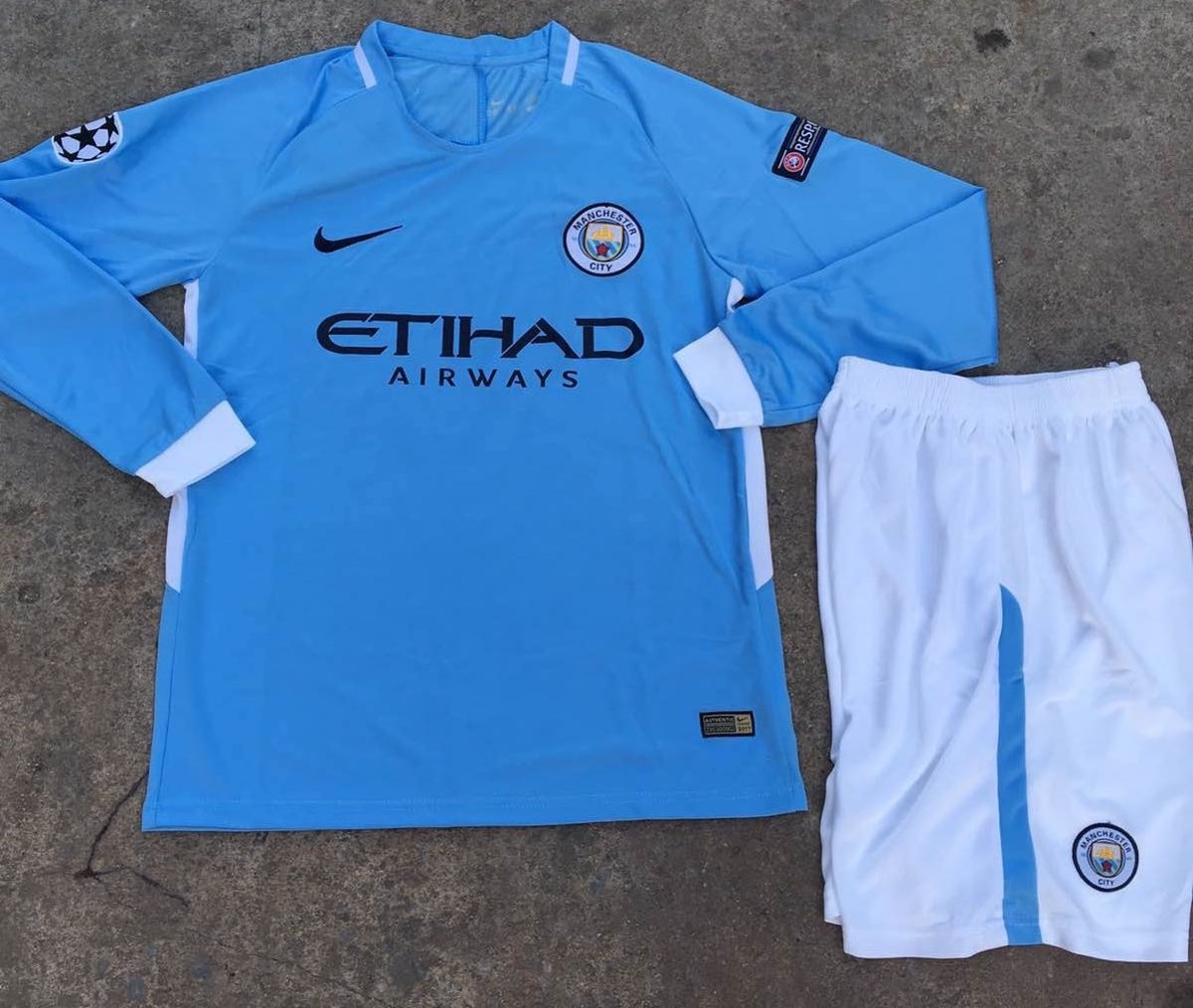 Uniforme De Futbol Manchester City Manga Larga -   39.900 en Mercado ... b01fb1d061843