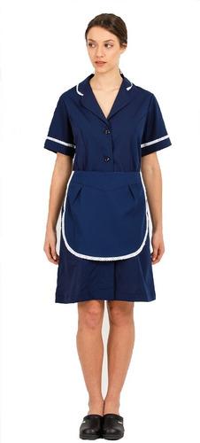 uniforme de mucama liso con delantal