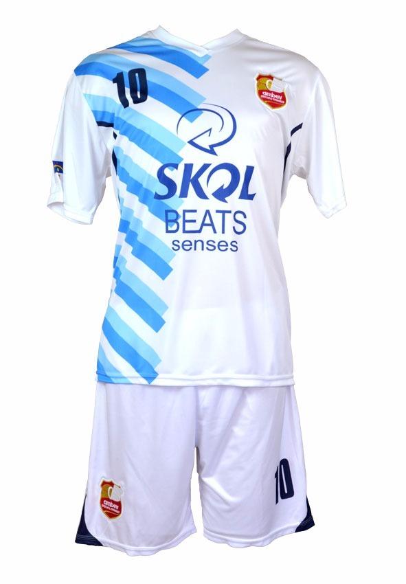 uniforme futebol 10 camisas 10 shorts - frete grátis. Carregando zoom. f535194b64345