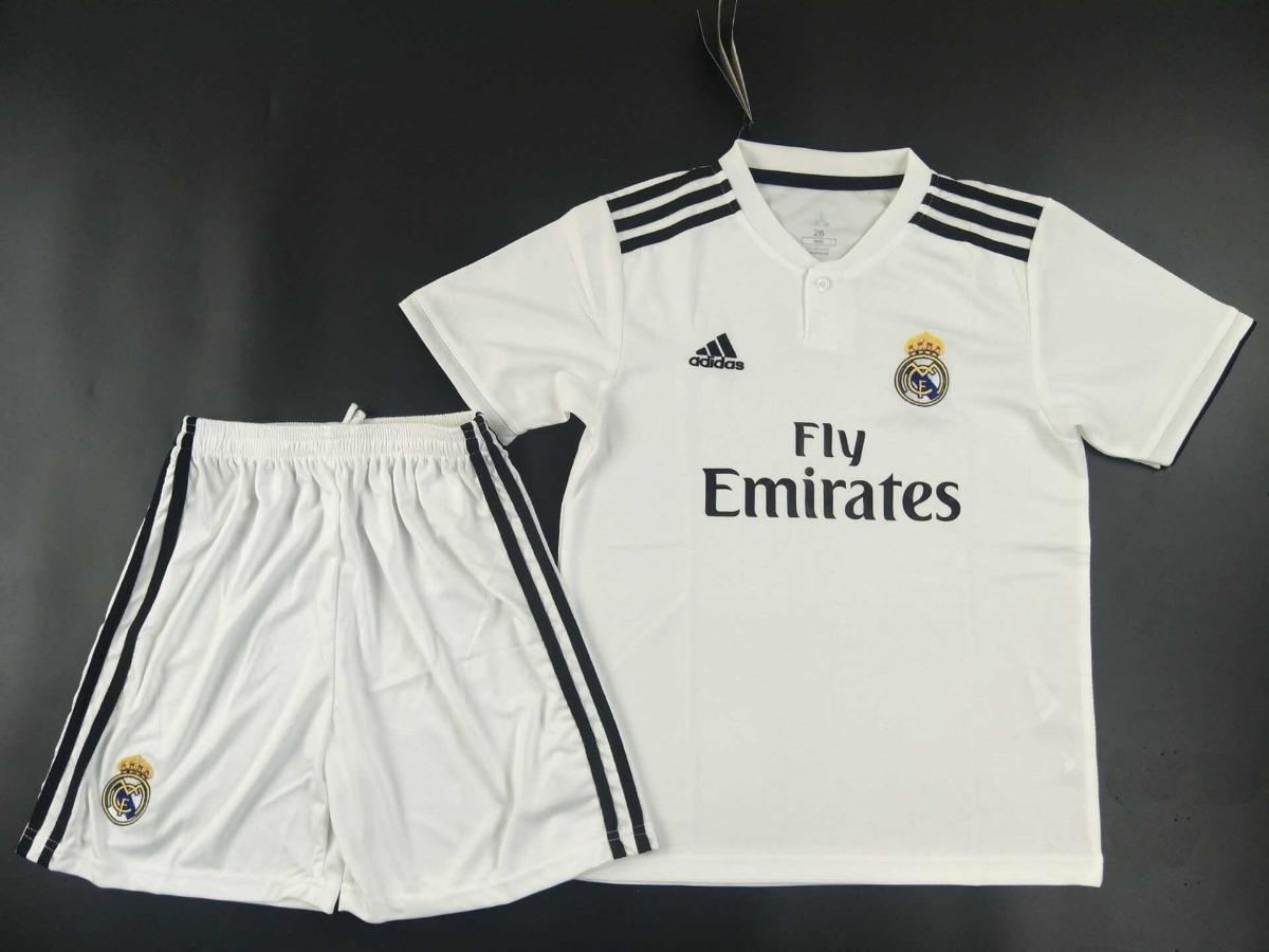 uniforme infantil camisa e shorts futebol real madrid 2018. Carregando zoom. 075f86cffc560