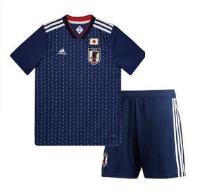 70017b3f00 Camisa E Short De Times Europeus - Camisas de Futebol no Mercado Livre  Brasil
