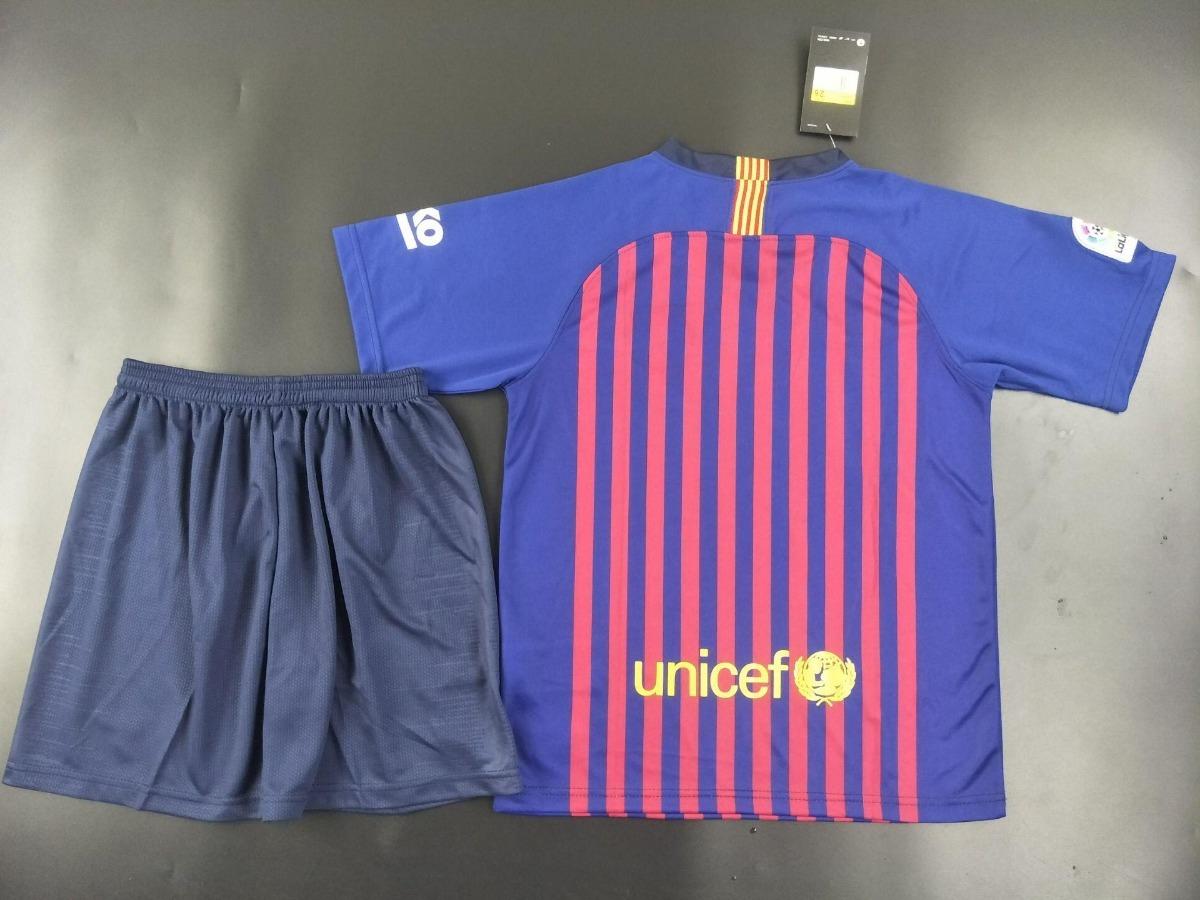 cf5c481ce4307 Uniforme Infantil Camisa Shorts Barcelona 2018 Oficial Nike - R  148 ...