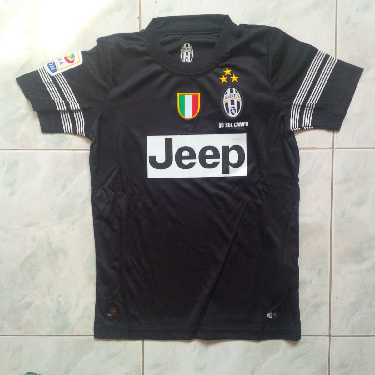 acfb4347a0d95 Uniforme Juventus Visitante 2012-2013 Solo Niños - Bs. 220