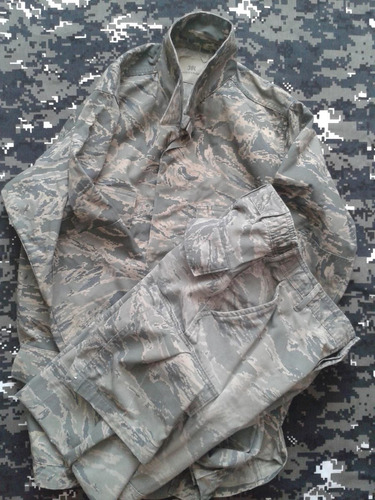uniforme militar digital us air force original t small / med