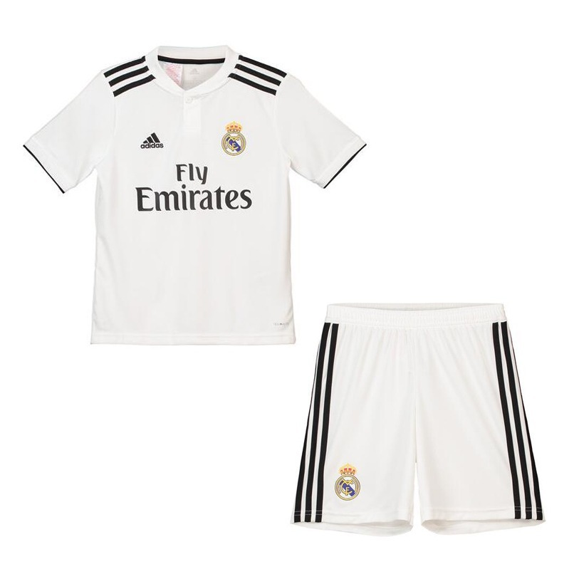 uniforme real madrid infantil 2018 completo original branco. Carregando zoom . ac7a11af85e4d