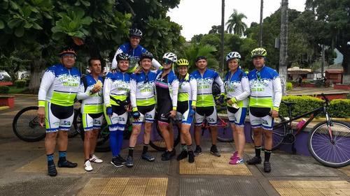 uniformes de ciclismo personalizados... somos fabricantes.