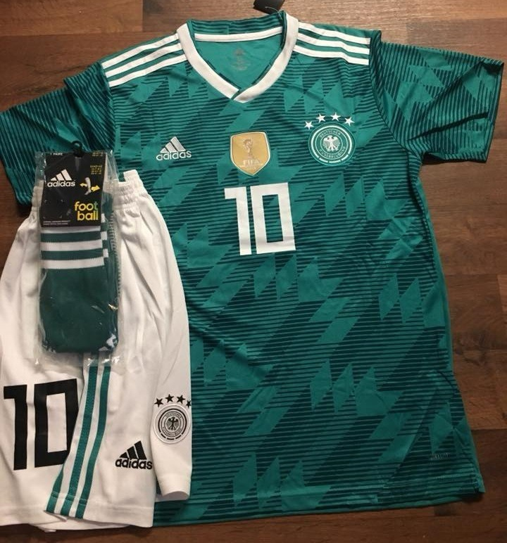 Uniformes De Futbol Economicos Completos Alemania Verde Psg ... 041be45afcfdf