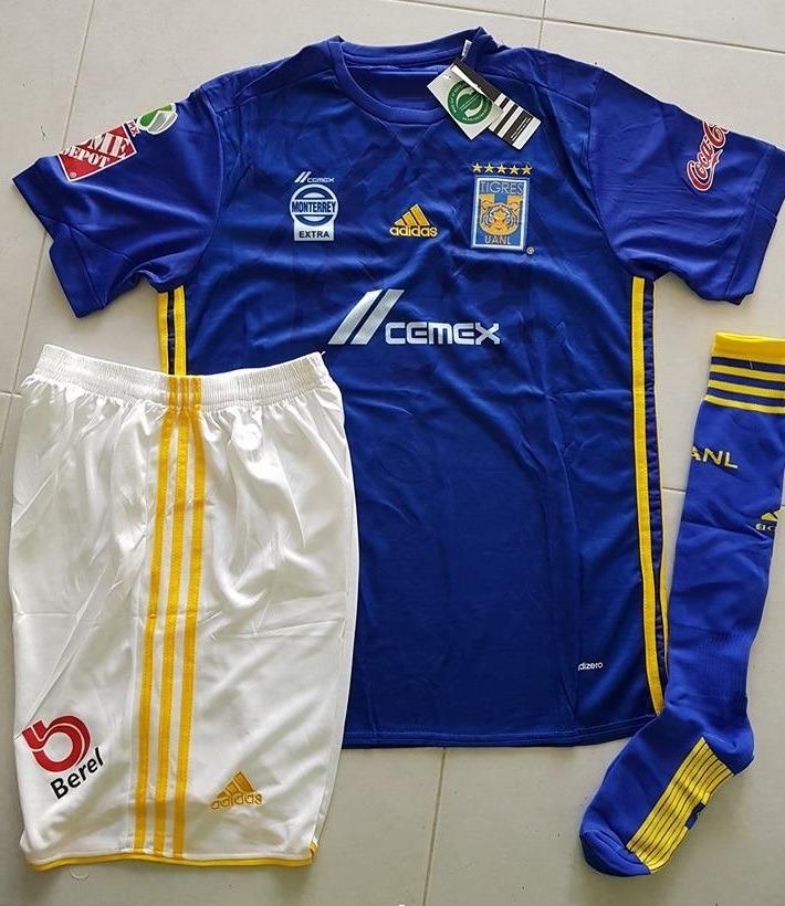3835cd5dbad31 uniformes de futbol economicos completos chivas guadalajara. Cargando zoom.