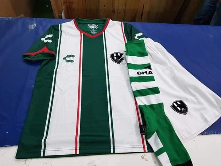 c9c47a95c4b50 Uniformes De Futbol Economicos Completos Cuervos Monterrey ...