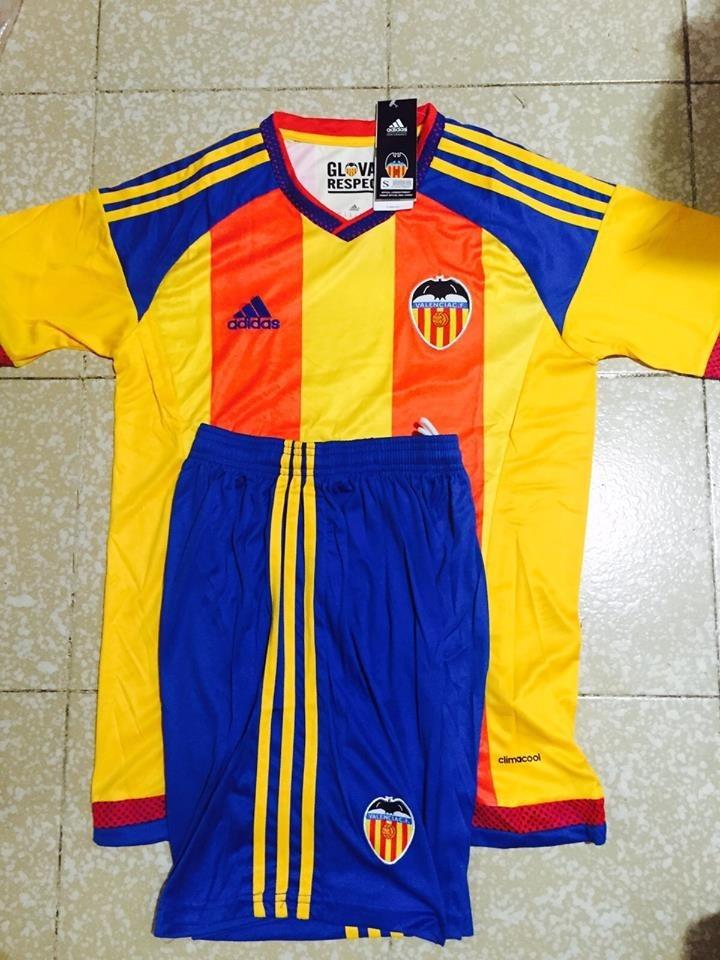uniformes de futbol economicos completos valencia arsenal. Cargando zoom. e55f8caca5321