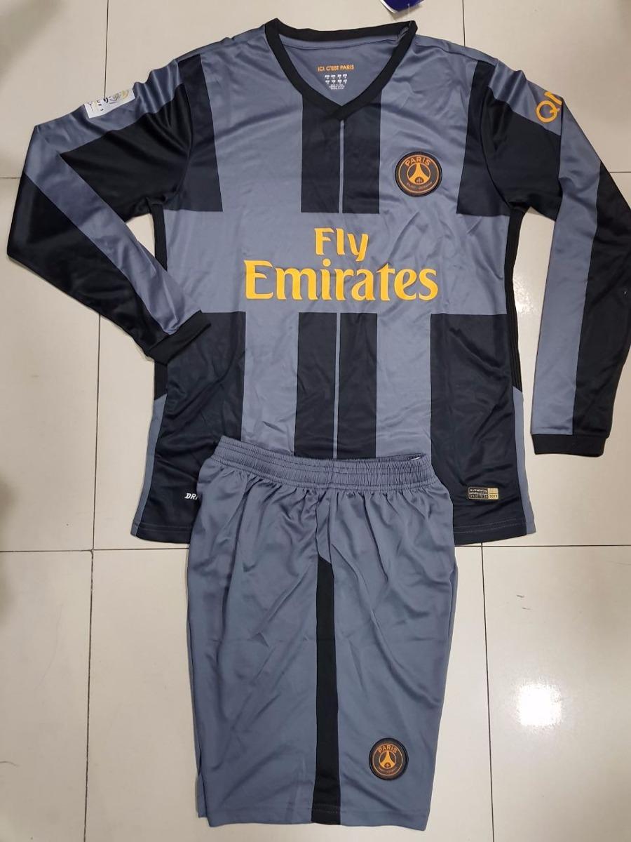 uniformes deportivos completos equipos internacionales 2017. Cargando zoom. 7076853f502cc