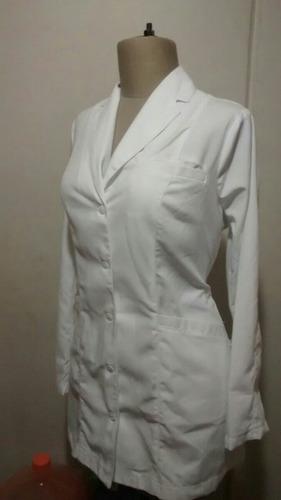 uniformes médicos y enfermeria