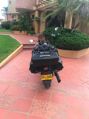 united motors (um) renegade commando 2015 negro mate.