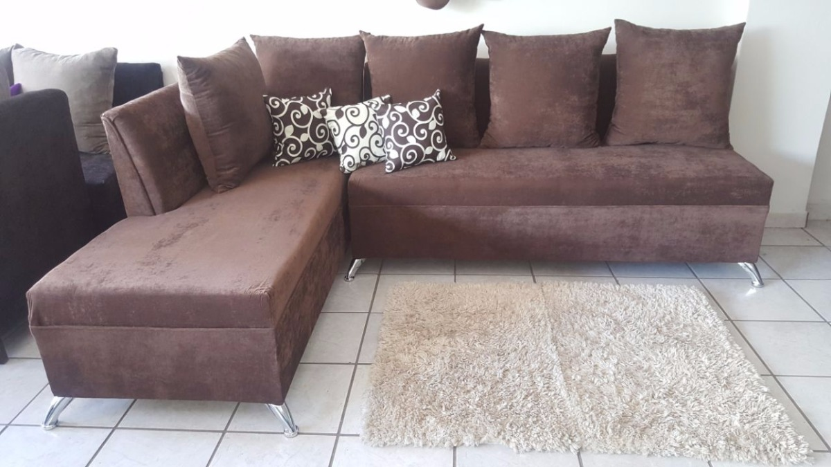 Uno muebles sala econ mica cojines gratis vermont for Precio de muebles para sala