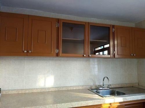 urge!!! casa recién remodelada, se entrega como nueva!!