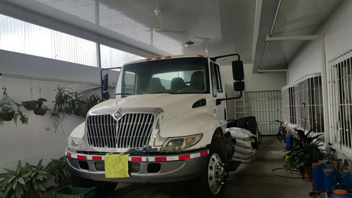 urge vender camion con furgon