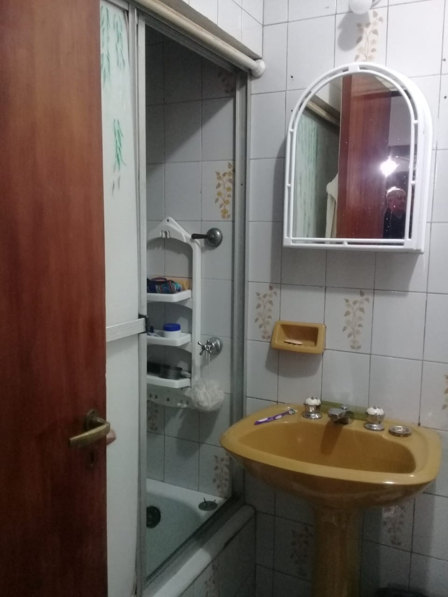 uruguay 200 - avellaneda - ph 4 ambientes