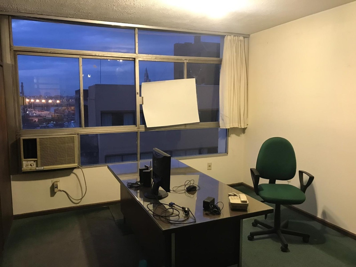 uruguay y convencion, piso alto, frente impec  solo oficina