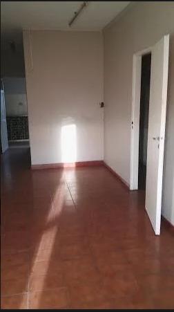 u$s65.000 ph en venta, calle brasil 2027 ezpeleta  de 3 amb.