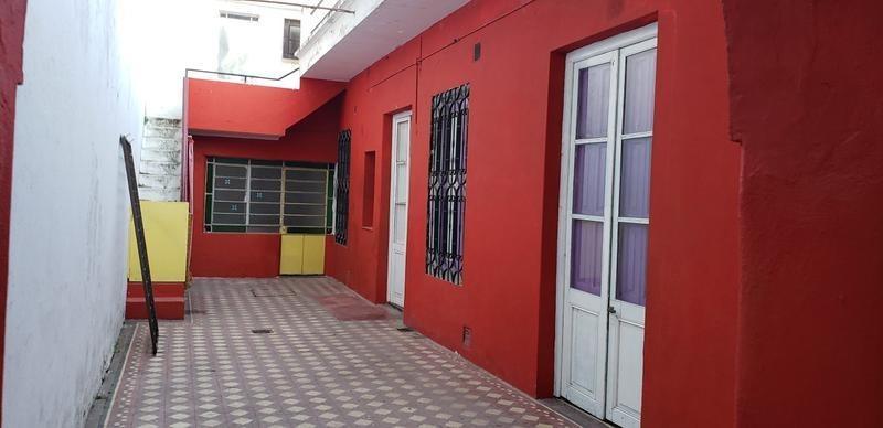 uso comercial.  316m2. patio. terraza