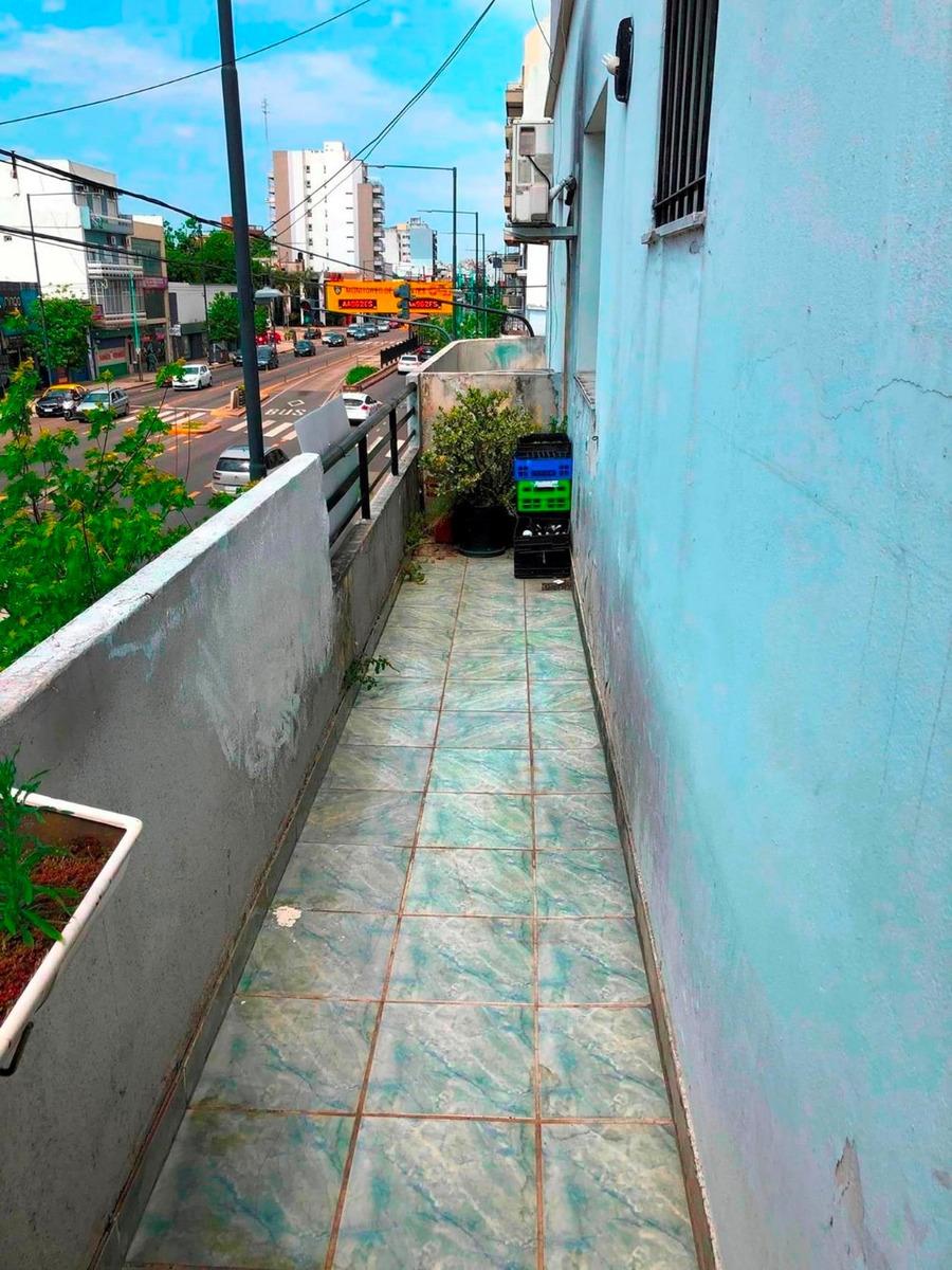 v. urquiza av. san martin 7326ph 4 amb/ terraza/ quincho