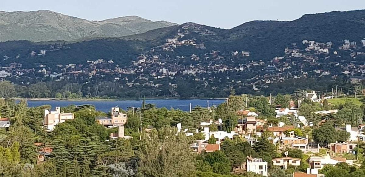 v131 venta - villa del lago, gran terreno con vista al lago