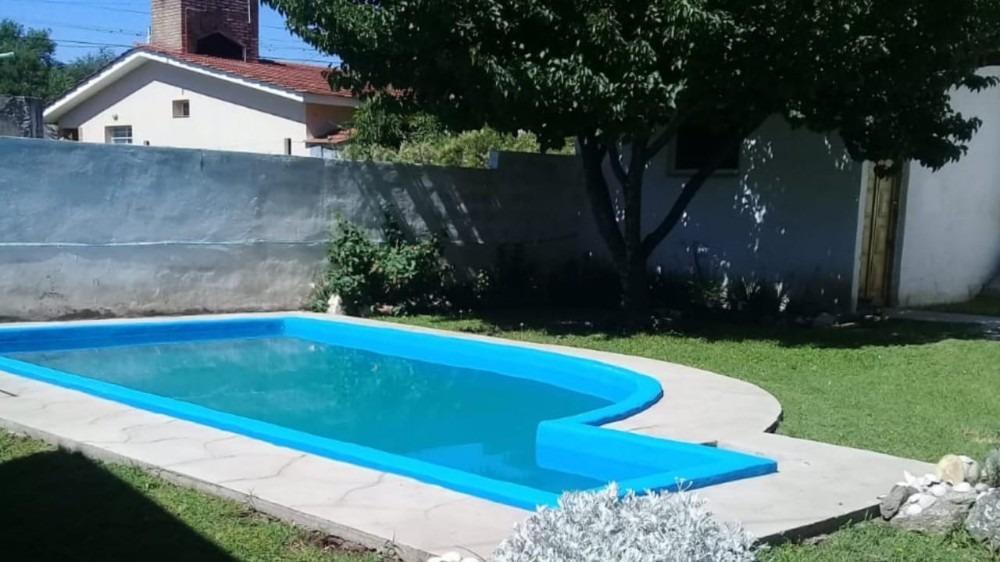 v190 venta - playas de oro chalet con piscina + departamento