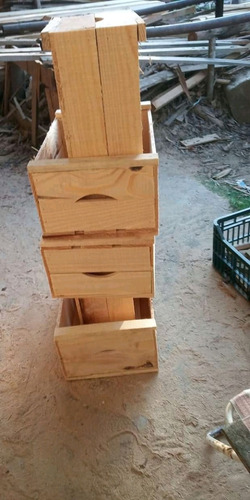 va gratis por 10 cajones. cajón de madera/verdura (ver zona)