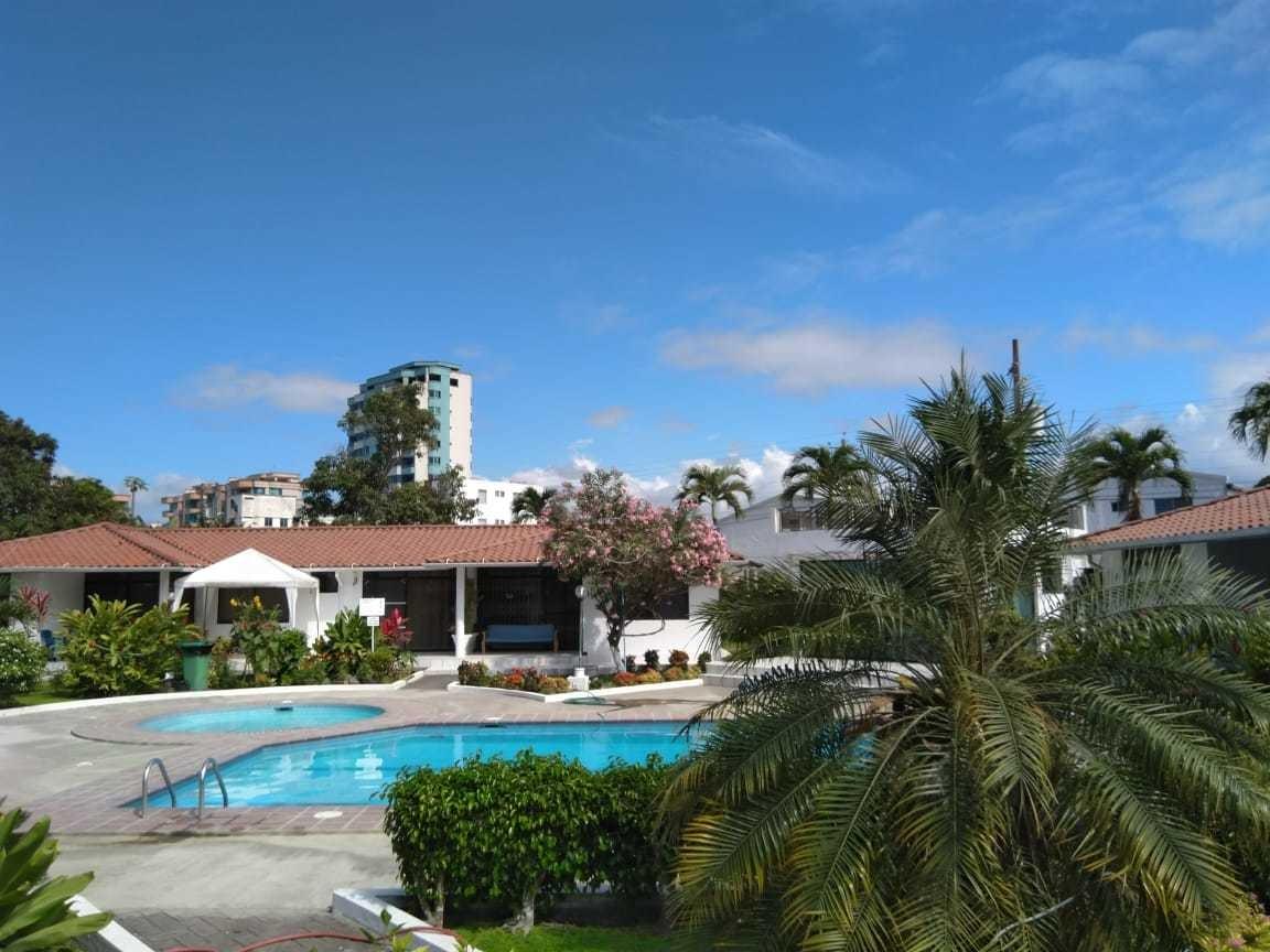 vacaciones casa en tonsupa sector club del pacifico