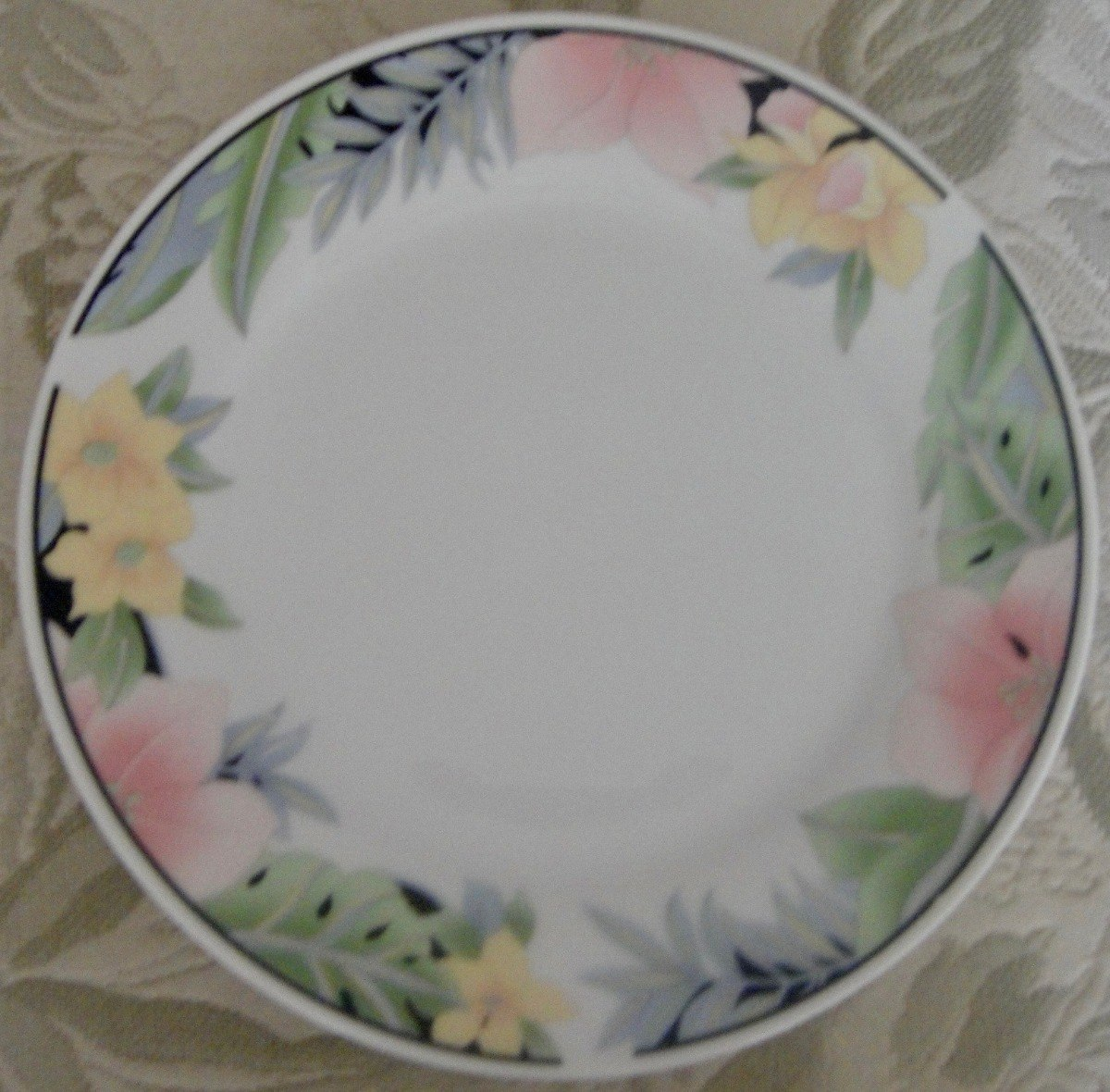 Vajilla 16 platos porcelana blanca bordes flores china for Platos porcelana blanca