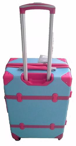 valija chica plastica 4 ruedas 70x50x35cm aprox