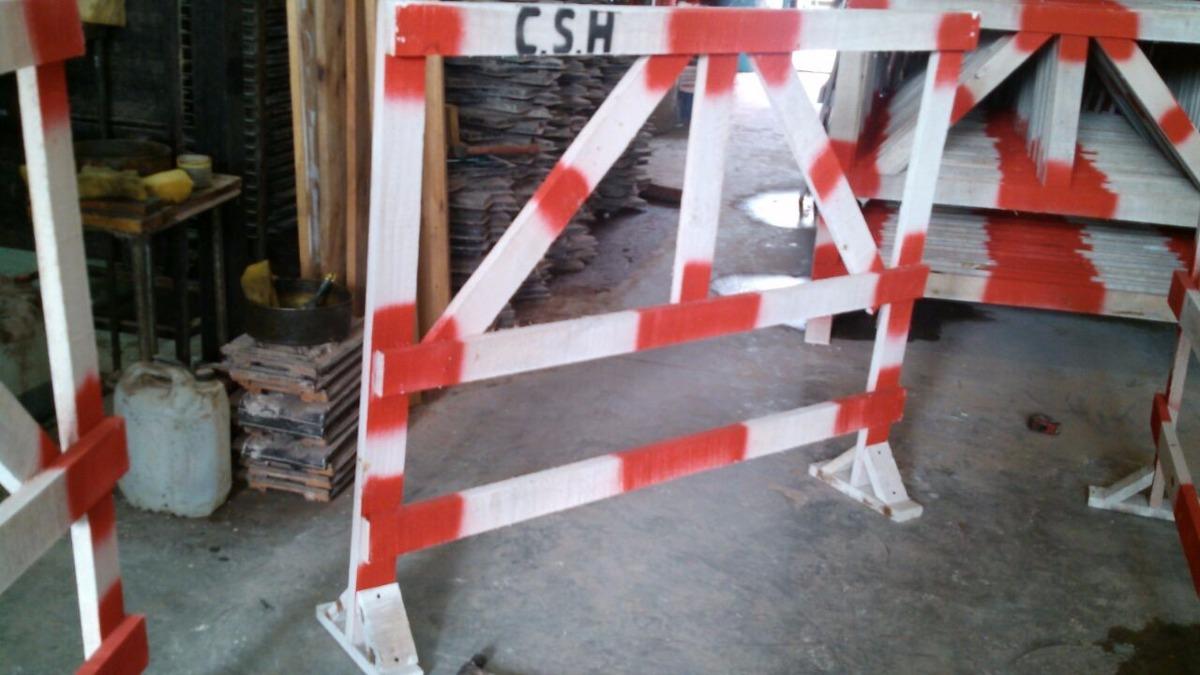 vallas de madera para obras en la calle de maderasuper ofer