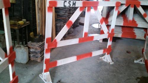 vallas de madera para obras en la calle de maderasuper ofer!