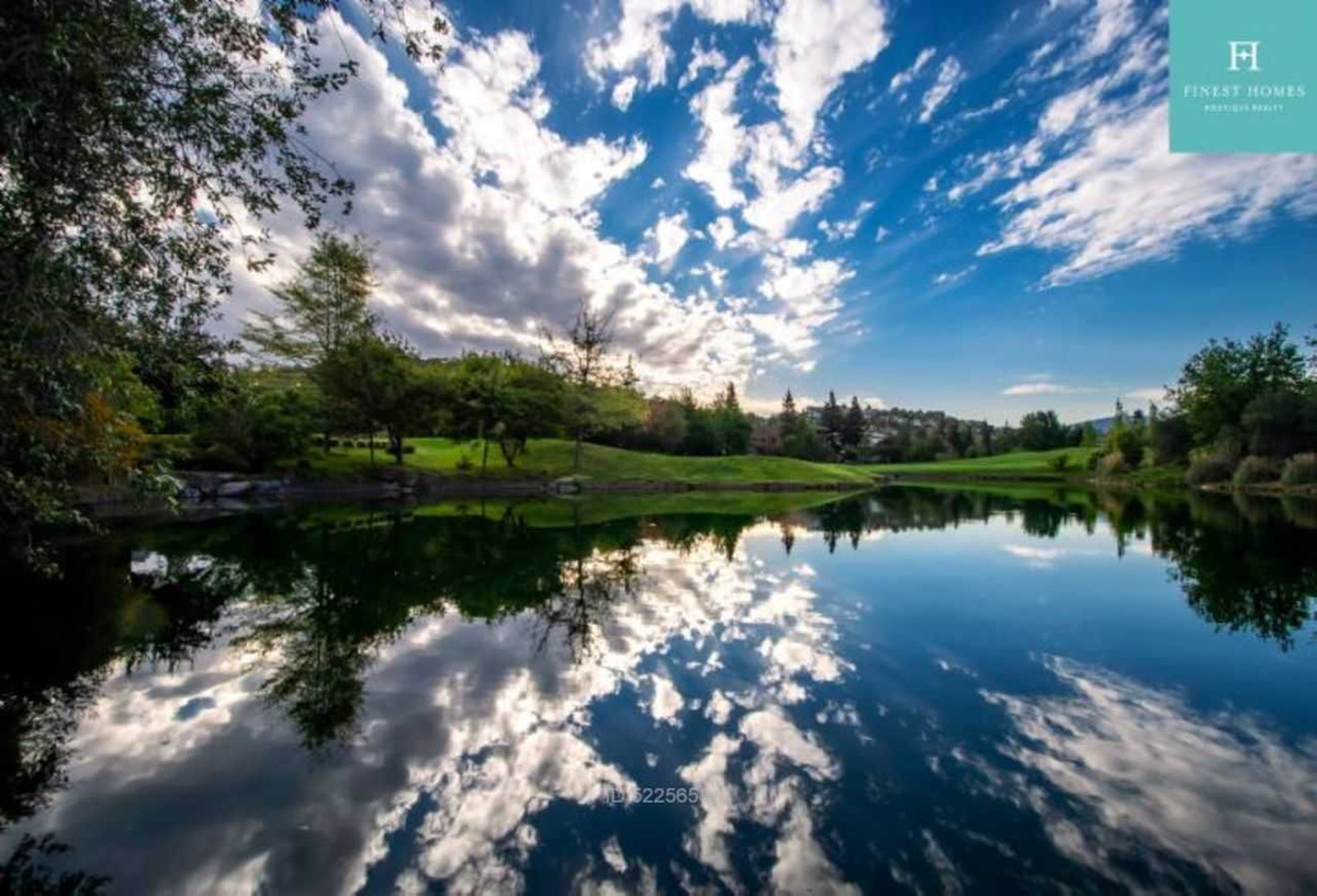 valle escondido las lagunas