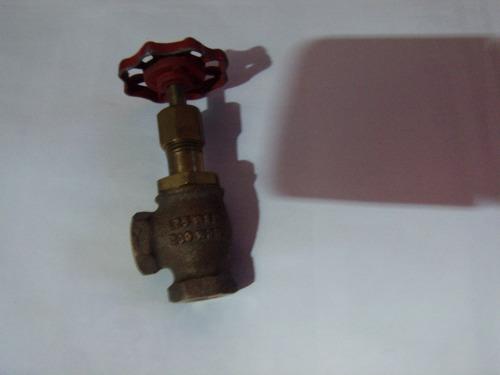 valvula compuerta 1 1/4  vapor y agua caliente 90 grados