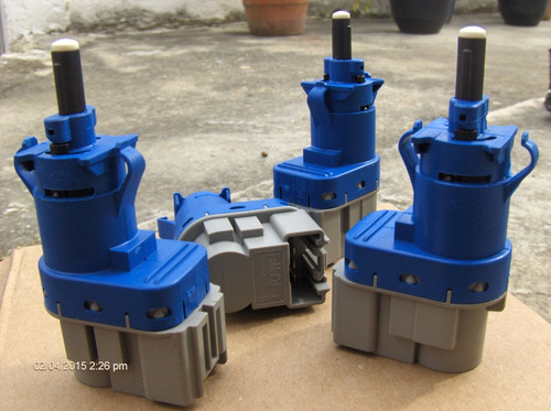 valvula interruptor luz freno explo-f250-f350-fusion. 4pines