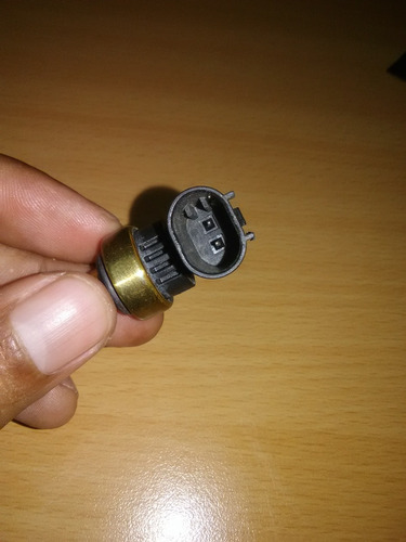 valvula o sensor temperatura chev cruze original