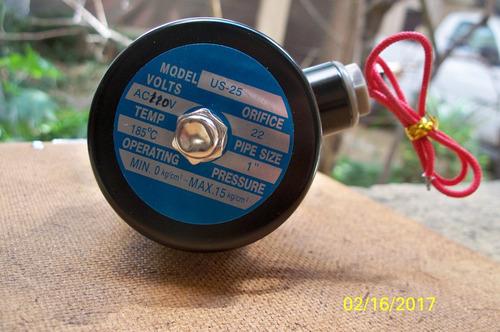 válvula solenoide, nc, 110vca, para vapor, 1 pulgada.